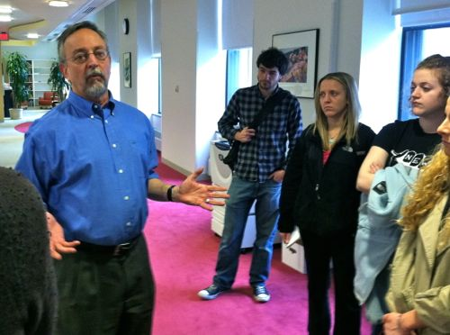 John Yemma with Northeastern journalism students in 2011