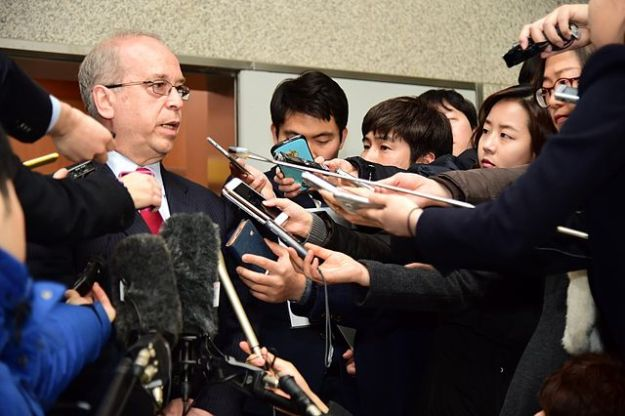 assistant_secretary_russel_addresses_reporters_after_meeting_with_south_korean_officials_in_seoul